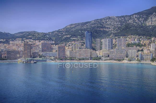 Colline costiere e cittá Porto di Monte Carlo, Monaco — Foto stock
