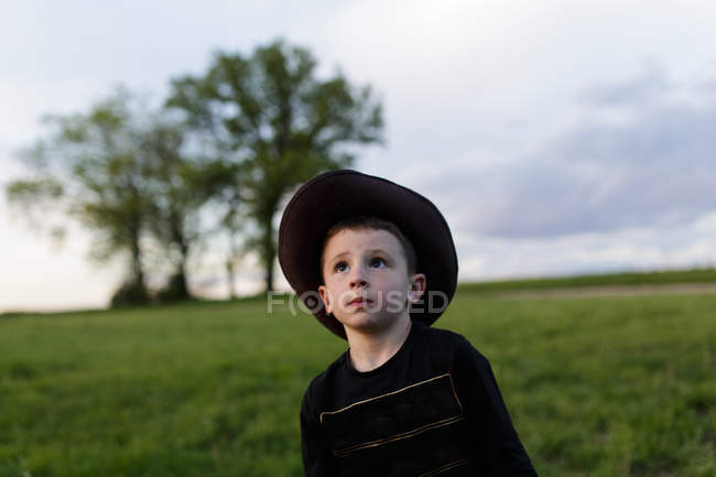 Adorable little boy in hat — Stock Photo