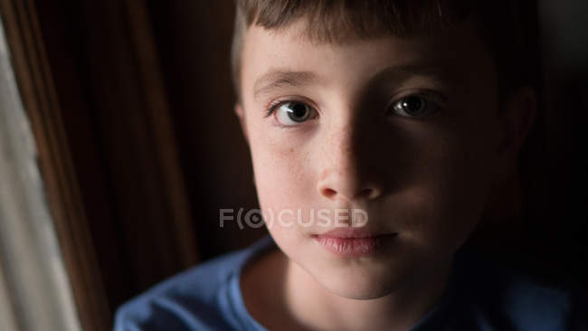 Little boy looking at camera — Stock Photo