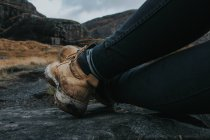 Schmutzigen Lederstiefel — Stockfoto