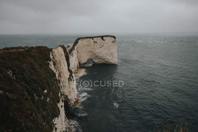 Vecchio Harry Rocks in mare autunnale — Foto stock