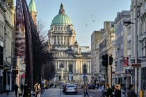 City hall from Donegal street in daylight, Belfast, Northern Ireland, United Kingdom — Stock Photo