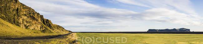 Спостерігаючи погляд на маршрут 1 під час подорожі по Ісландії — стокове фото