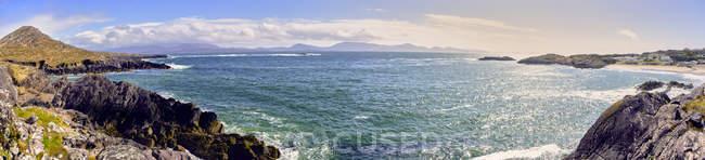 Rivage de route touristique circulaire de Ring of Kerry, comté de Kerry, Irlande, Europe — Photo de stock