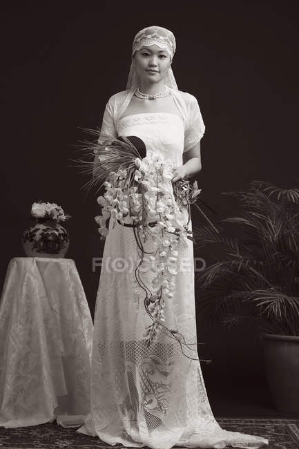 Woman in wedding gown — Stock Photo