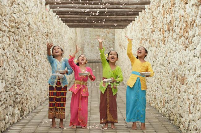 Ragazze felici di Balinese — Foto stock