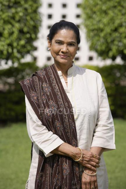 Indian woman portrait — Stock Photo