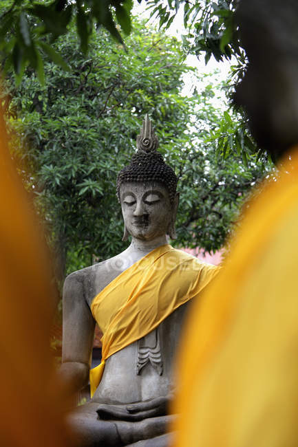 Buddha di pietra al Tempio Wat Yai Chaya Mongkol — Foto stock