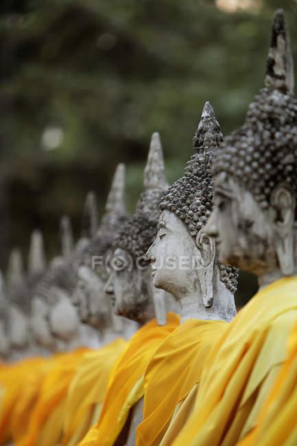 Buddha in fila, Thailandia — Foto stock