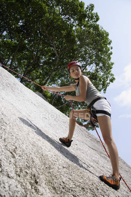 Oman rock climbing or repelling — Stock Photo