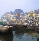 Boats Moored in Front of Ghats, Varanasi — Stock Photo