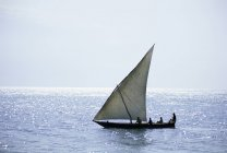 Dhow in silhouette on the Indian Ocean — Stock Photo