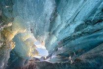 Innenansicht der Eishöhle — Stockfoto