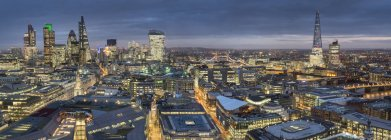 City panorama at dusk, London — Stock Photo