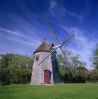 Mais antigo moinho de vento em Cape Cod — Fotografia de Stock