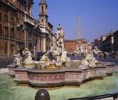 Observant la vue de la Piazza Navona — Photo de stock
