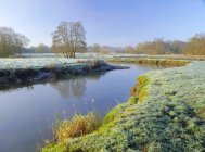 Frosty morning on river — Stock Photo