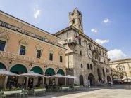 Caffe on Piazzo del Popolo square — Stock Photo
