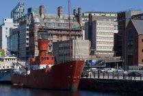 Lightship in harbour near Albert Dock — Stock Photo