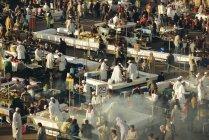 Imbissbuden in Platz Djemma el Fna — Stockfoto