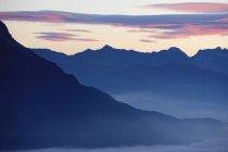 Спостерігаючи видом на гори Доломіти — стокове фото
