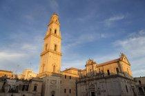 Колокольня собора Таранто — стоковое фото