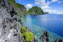Águas cristalinas no arquipélago de Bacuit — Fotografia de Stock