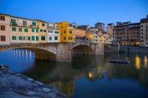 Ponte Vecchio bridge over River Arno — Stock Photo