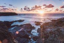 Rocky coast at Treyarnon Bay — Stock Photo