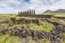 Partial moai heads — Stock Photo