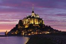 Mont Saint Michel at sunset — Stock Photo