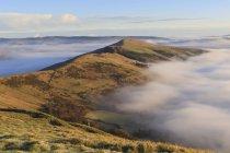 Brouillard et la brume en espoir et vallées Edale — Photo de stock