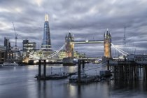 River Thames and Tower Bridge — Stock Photo