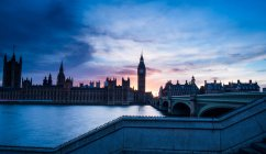 Houses of Parliament and the River Thames — Stock Photo