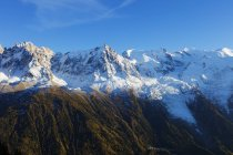 Vista de la montaña de Mont Blanc - foto de stock