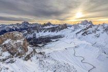Snowy peaks of Giau Pass Ra Gusela — Stock Photo