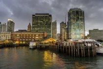 Skyline of Auckland, New Zealand — Stock Photo