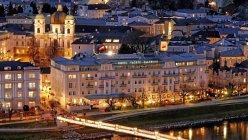 Hotel Sacher on the Salzach River, Salzburg — Stock Photo