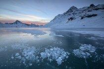 Lago Bianco, Suiza - foto de stock