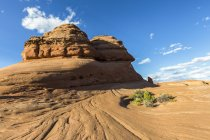Rock formation on way to Delicate Arch — Stock Photo