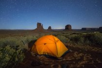 Tent in Monument Valley — Stock Photo