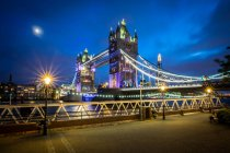 Tower Bridge and the Shard behind — Stock Photo