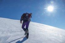 Hiker on mountain Vettore in winter — Stock Photo