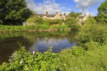 River Wye in spring, Bakewell — Stock Photo