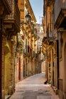 Syracuse Street, Syracuse, Sicily — Stock Photo