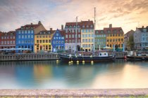 Harbour in the district of Nyhavn — Stock Photo