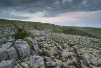 Pavimento de pedra calcária em Malham Cove — Fotografia de Stock