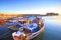 Barcos ancorados no porto veneziano — Fotografia de Stock