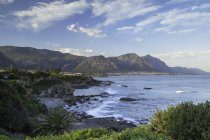 Hermanus bay with mountains — Stock Photo