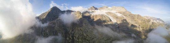 Панорамний Piz Arlas — стокове фото
